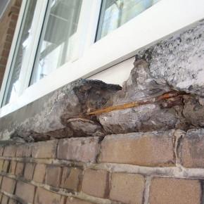 Beschadigd gewapend beton