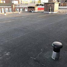 Dakrenovatie met een bitumen dakbedekking V.V.E Schepenstraat 3-5 Rotterdam