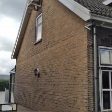 dorpsstraat-48-capelle-aan-den-ijssel-gevel-aanzicht-met-platvol-nagestreken-voegwerk
