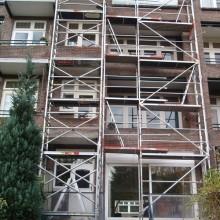 Vaste gevelstijgers t.b.v. de gevel- en dakrenovatie van de woningen te Rotterdam.